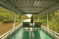 houseboat-open-deck